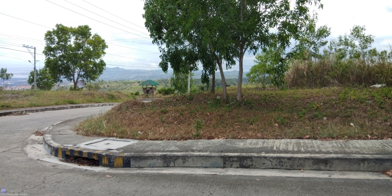Land for Sale - 167 sq.m. Overlooking Residential lot for sale at Vista Grande, Bulacao, Talisay City, Cebu