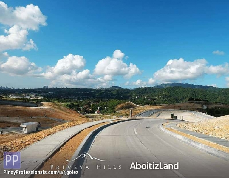 Land for Sale - Unobstructed view of the mountain Lot for sale in Priveya Hills