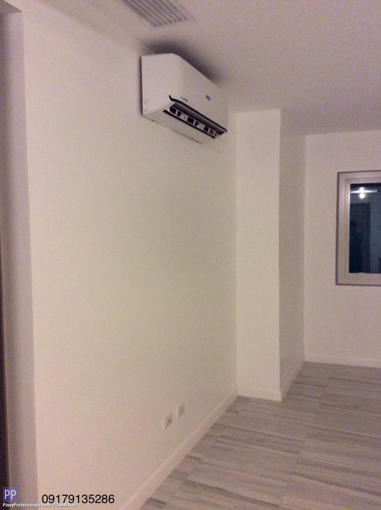 Apartment and Condo for Sale - 1 Bedroom 57sqm with balcony and 2 split type aircon in Capitol Commons