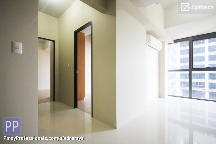 Apartment and Condo for Sale - 2BR RFO CONDO IN UPTOWN BONIFACIO ACROSS UPTOWN MALL AND NEAR BGC HIGHSTREET. MOVE-IN FOR AS LOW AS 10% DP! (RENT-TO-OWN OFFERS)