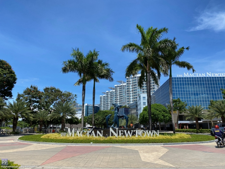 Apartment and Condo for Sale - One Bedroom Condo For Sale at The Mactan Newtown, Lapu-lapu City