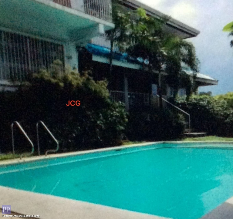 House for Sale - HOUSE & LOT FOR SALE IN WHITE PLAINS QUEZON CITY