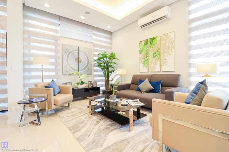 House for Sale - FOR SALE : 4-STOREY MODERN TOWNHOUSE FOR SALE IN QC NEAR NEW MANILA AND TOMAS MORATO