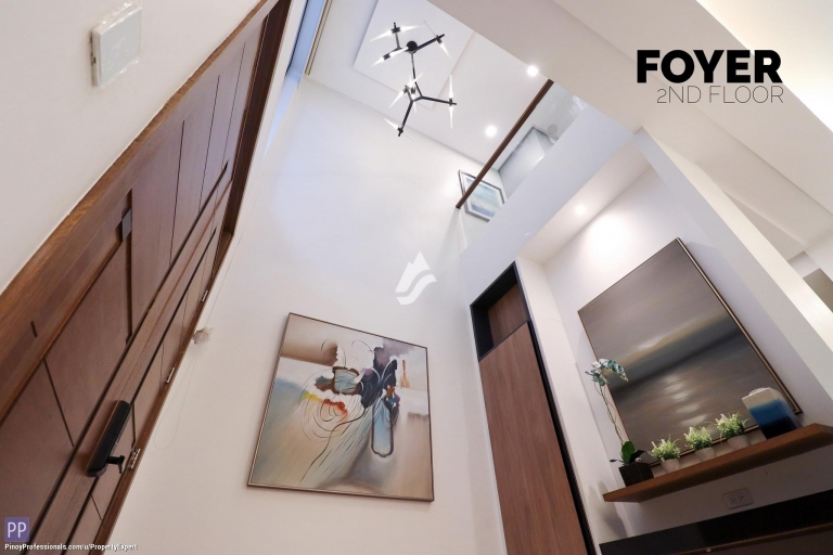 Apartment and Condo for Sale - 5-Storey 4-Bedrooms Townhouse in Quezon City along Tomas Morato near New Manila, Timog Avenue and Cubao